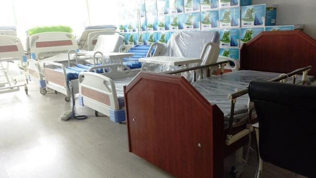 İki Motorlu Hasta Yatakları