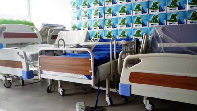 Üç Motorlu Hasta Yatakları