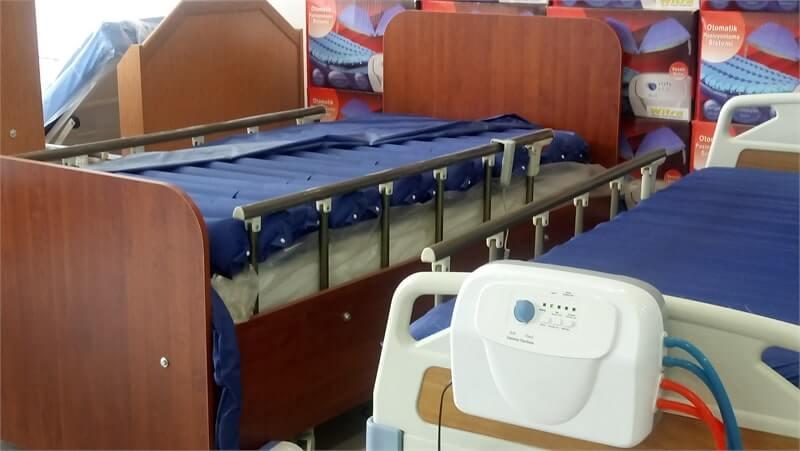 Yatan Hasta Yatağı