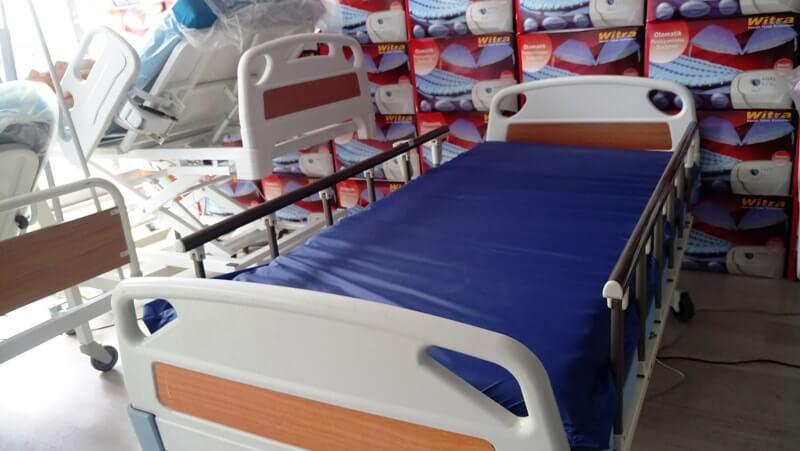 Hasta karyolası ve havalı yatak