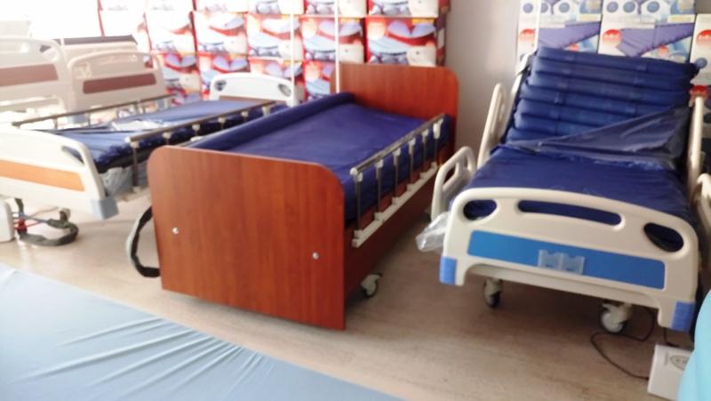 Çeşitli modellerde hasta yatağı