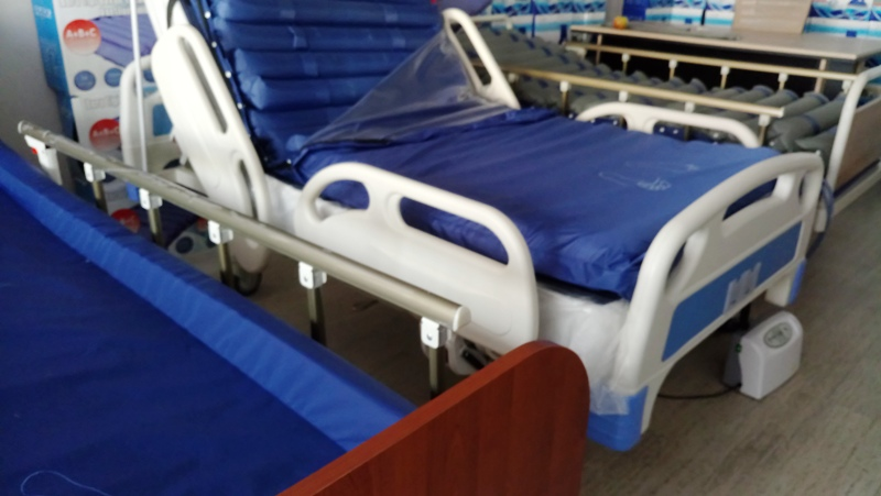 Çok fonksiyonlu hasta karyola ve yatakları
