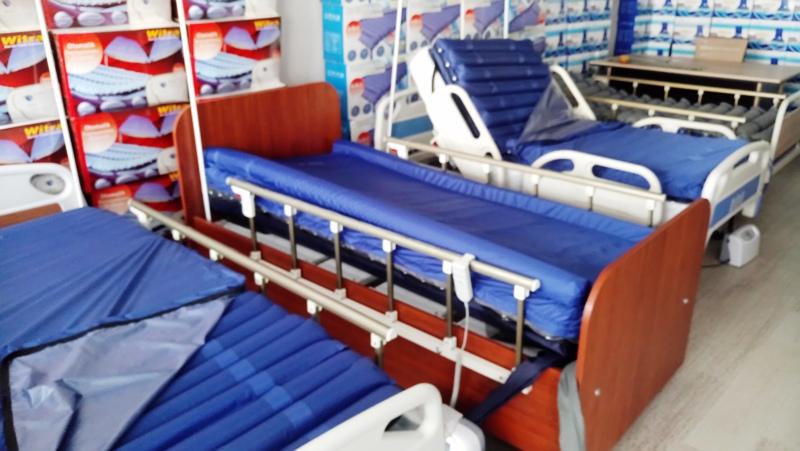 Hasta Ve Yaşlılar Için Hasta Yatakları