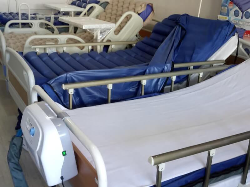 Çift motorlu hasta yatakları