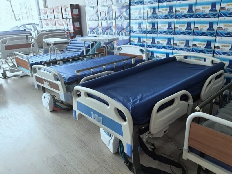 Konforlu hasta yatakları