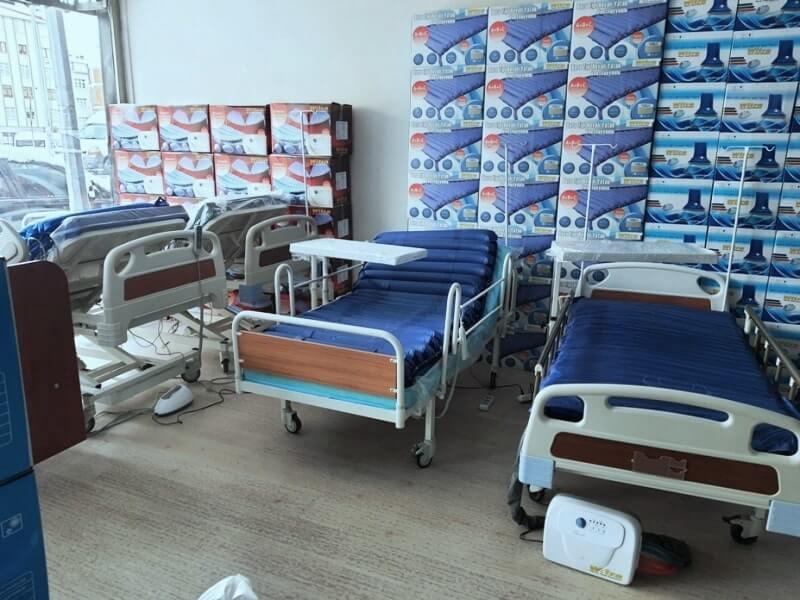 Korkuluklu hasta yatakları
