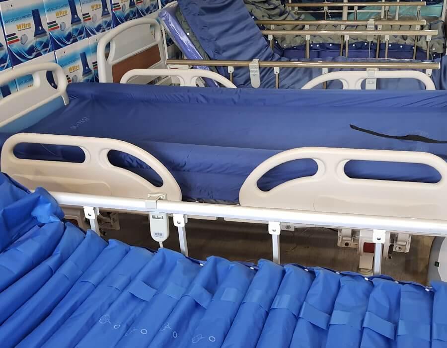 Evde bakım için hasta yatakları