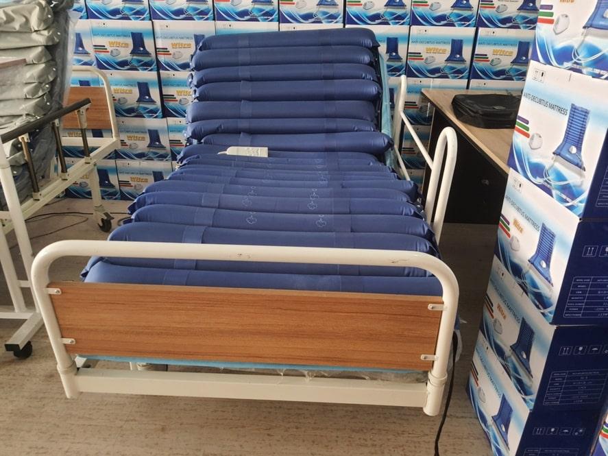 Konforlu bir hasta yatağı